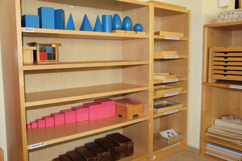 Znáte tuto soukromou školu, která se nachází v Jihlavě, Polné a Netíně, kde se děti učí podle výuky Montessori? Zajímá vás, jak taková výuka vypadá? Od čeho se jako rodič […]