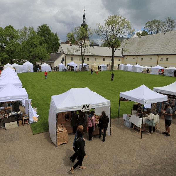 Vůně dobrého jídla, příjemná hudba, originální nákupy a pestrý program, to vše nabídl poslední květnový víkend ve Žďáře nad Sázavou. MINT Market byl nabitý originalitou Při vstupu na pivovarský dvůr […]